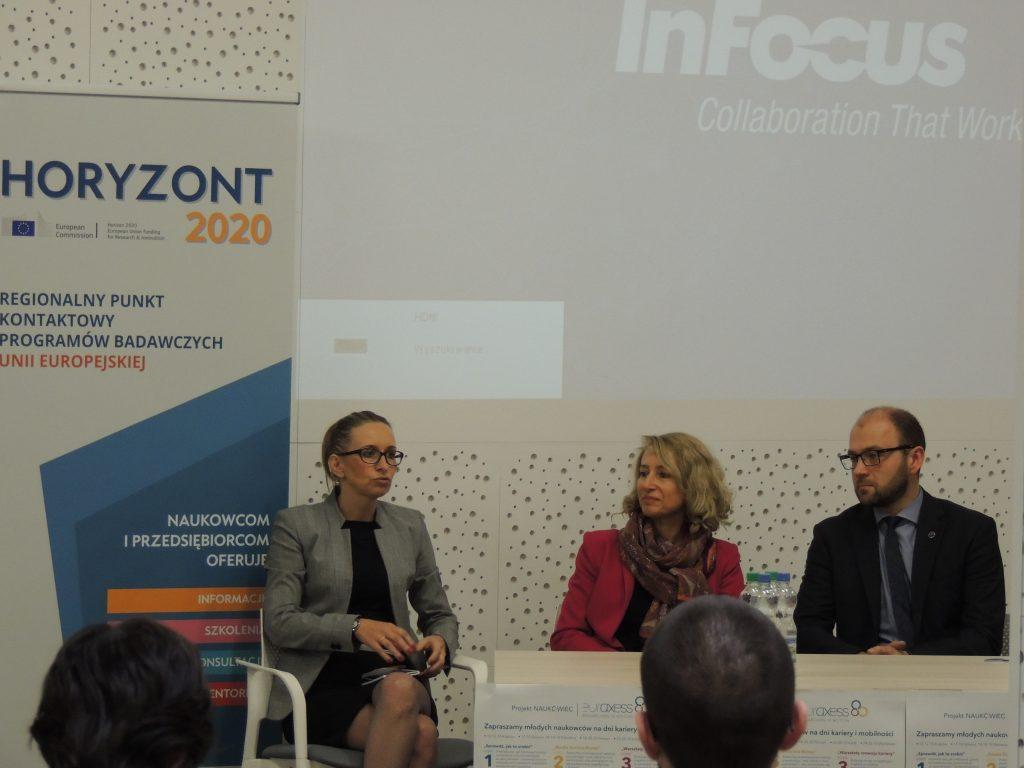 Panel dyskusyjny. Od lewej; Agnieszka First (ŁARR S.A.),