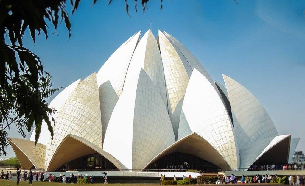 Świątynia Lotosu w New Delhi - bionika w architekturze