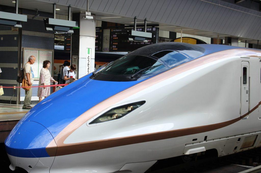 problem nadmiernego hałasu w pociągu Shinkansen udało się rozwiązać dzięki podpatrywaniu ptaków
